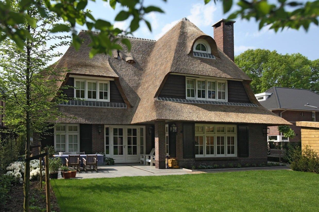 1. Rietgedekt huis bouwen, prachtige villa gelegen in een zeer gewillige wijk te Zeist
