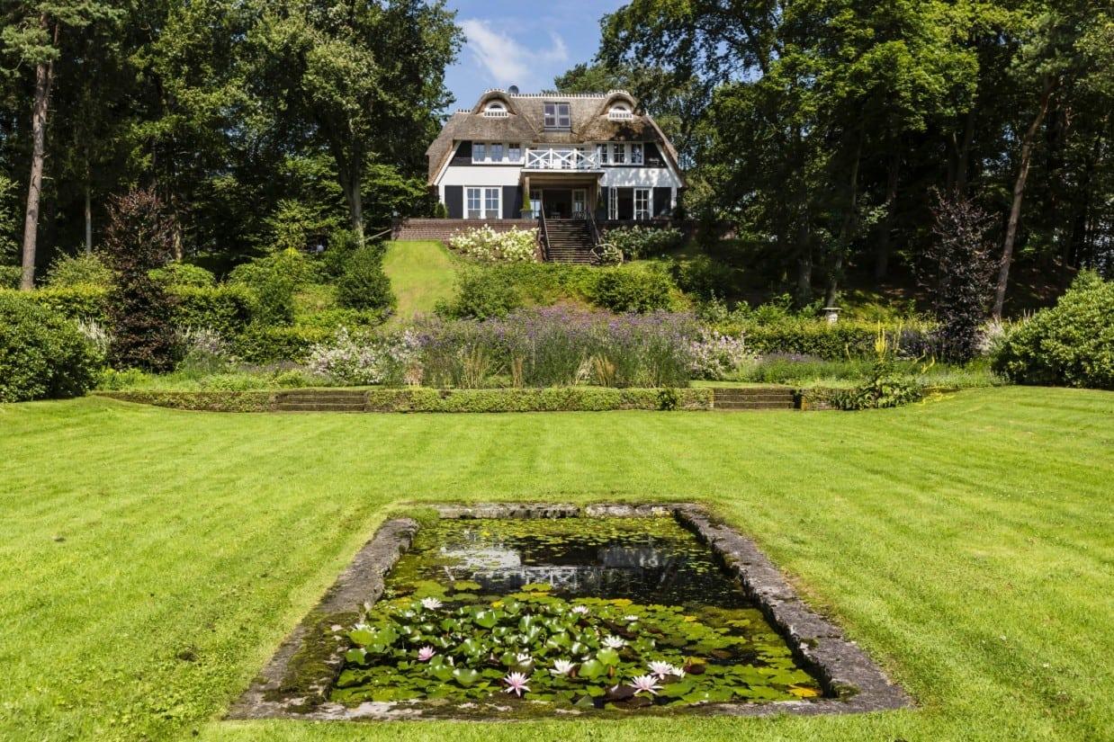 4. Rietgedekt huis bouwen veel grond met daarop een landhuis in Vierhouten