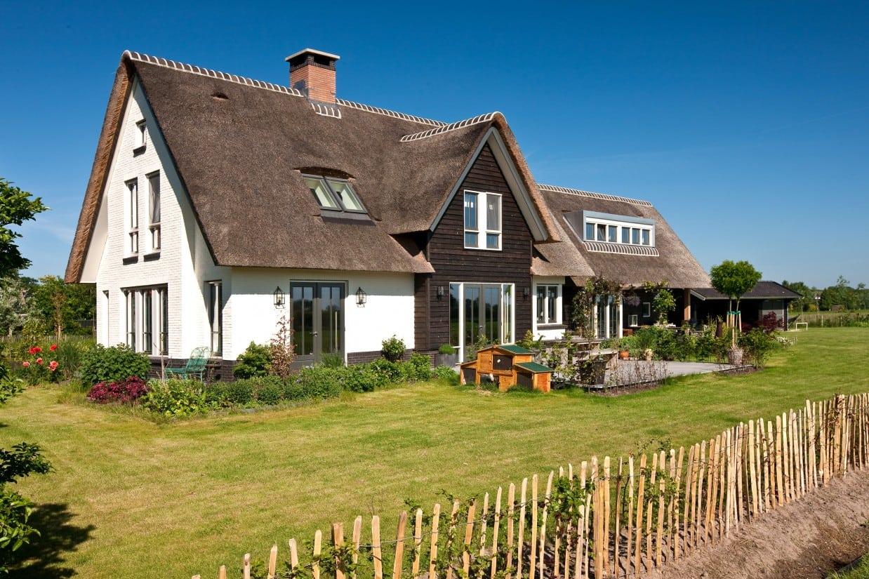 4. Rietgedekt huis bouwen, villabouw, rietgedekt