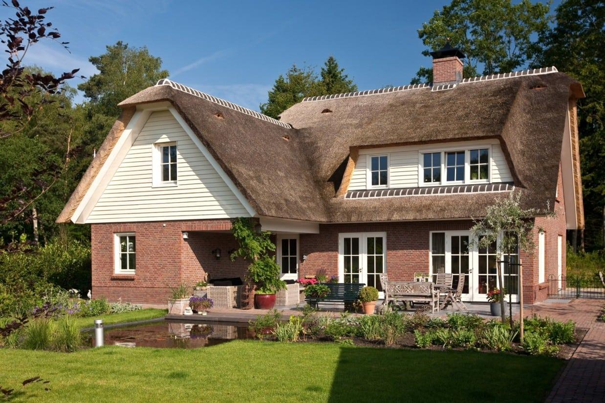 7. Riet gedekt huis bouwen landhuis in Ugchelen
