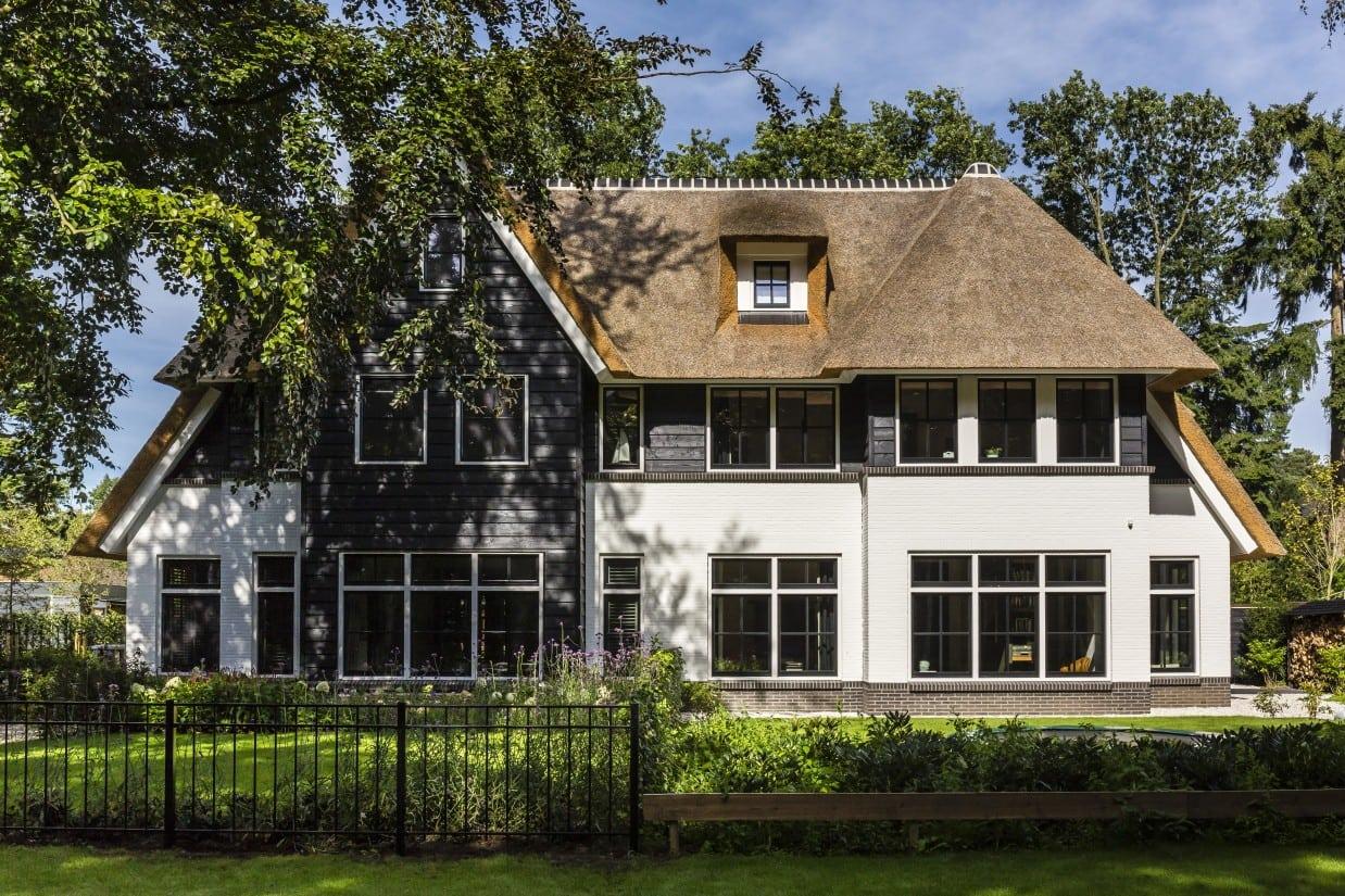 1. Rietgedekt huis bouwen voorzijde Zeist
